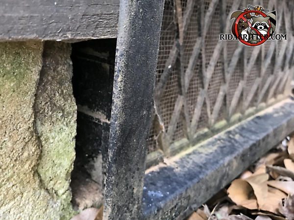 There is a one inch gap behind the flange of the foundation vent that allowed mice to get into a house in McDonough Georgia